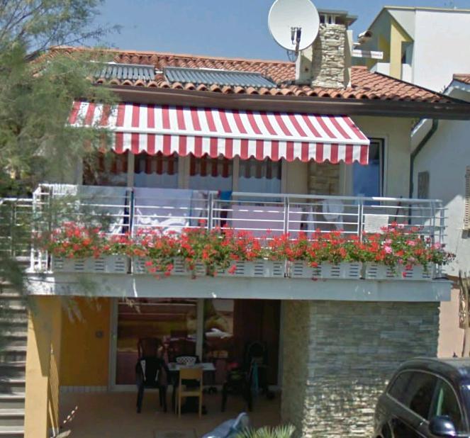 Appartamenti Fronte Mare A Bibione: Villa Palma Per Famiglie : Affittasi Bilocale O Trilocale