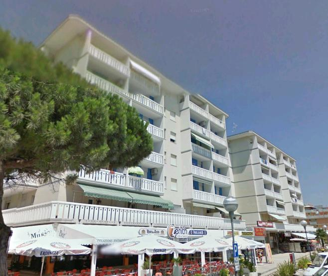Condominio Zenith Piazzale Bibione Appartamenti3: Condominio_zenith_piazzale_bibione_appartamenti5