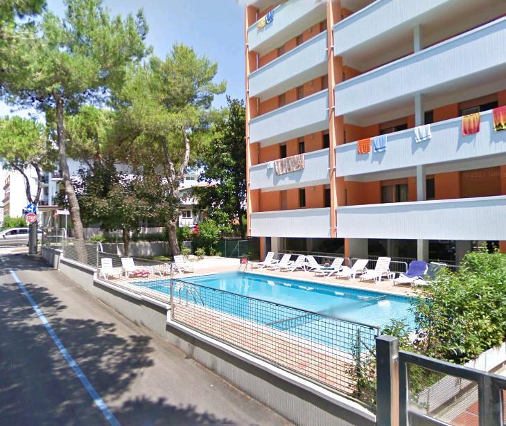 Condominio capitol bibione appartamenti piscina bibione for Appartamenti bibione