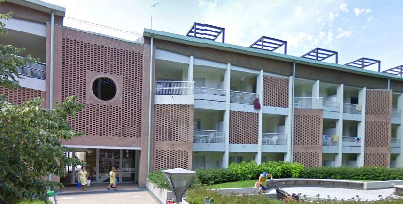 Residence al parco bibione pineda appartamenti piscina2 for Appartamenti bibione