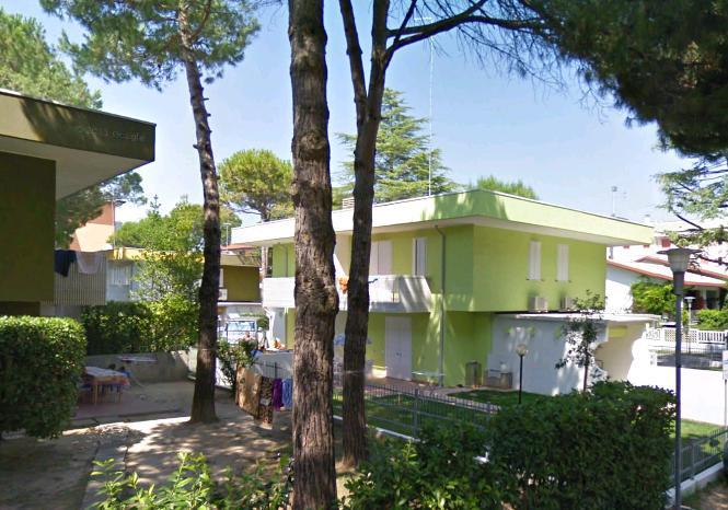 Villa del cigno bibione appartamenti lido dei pini2 for Appartamenti bibione