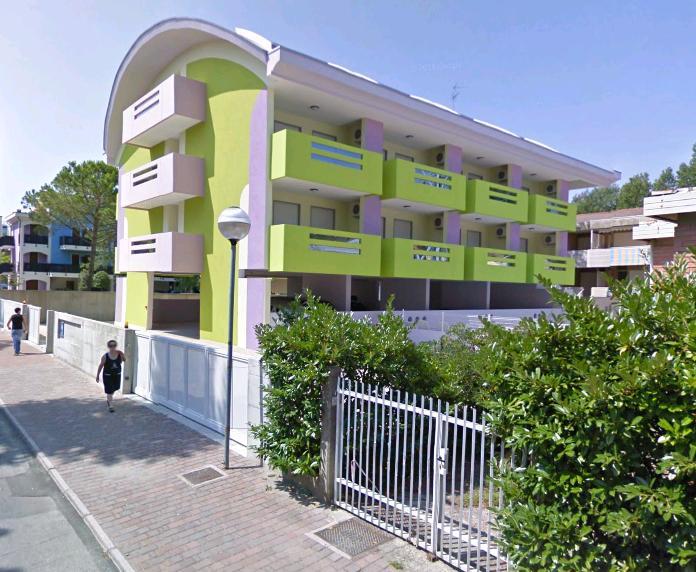 Residence bright star bibione appartamenti piscina3 for Appartamenti bibione