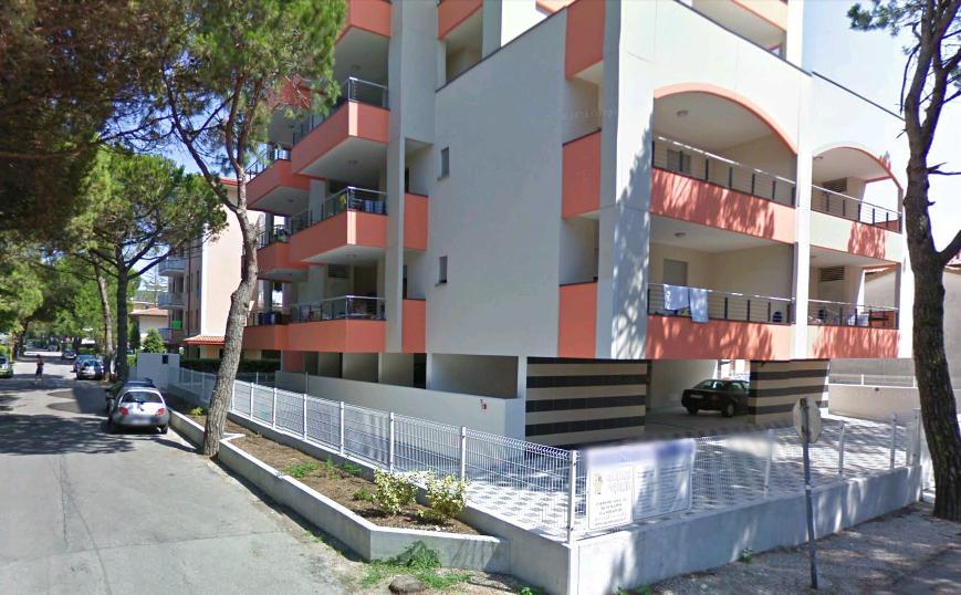 Residence rosa dei venti bibione appartamenti piscina6 for Piscina rosa dei venti
